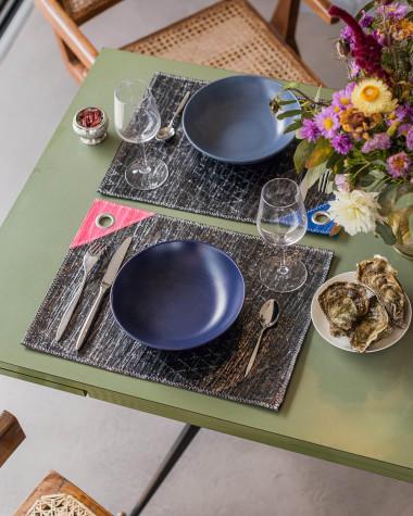 Set de table gris et rose