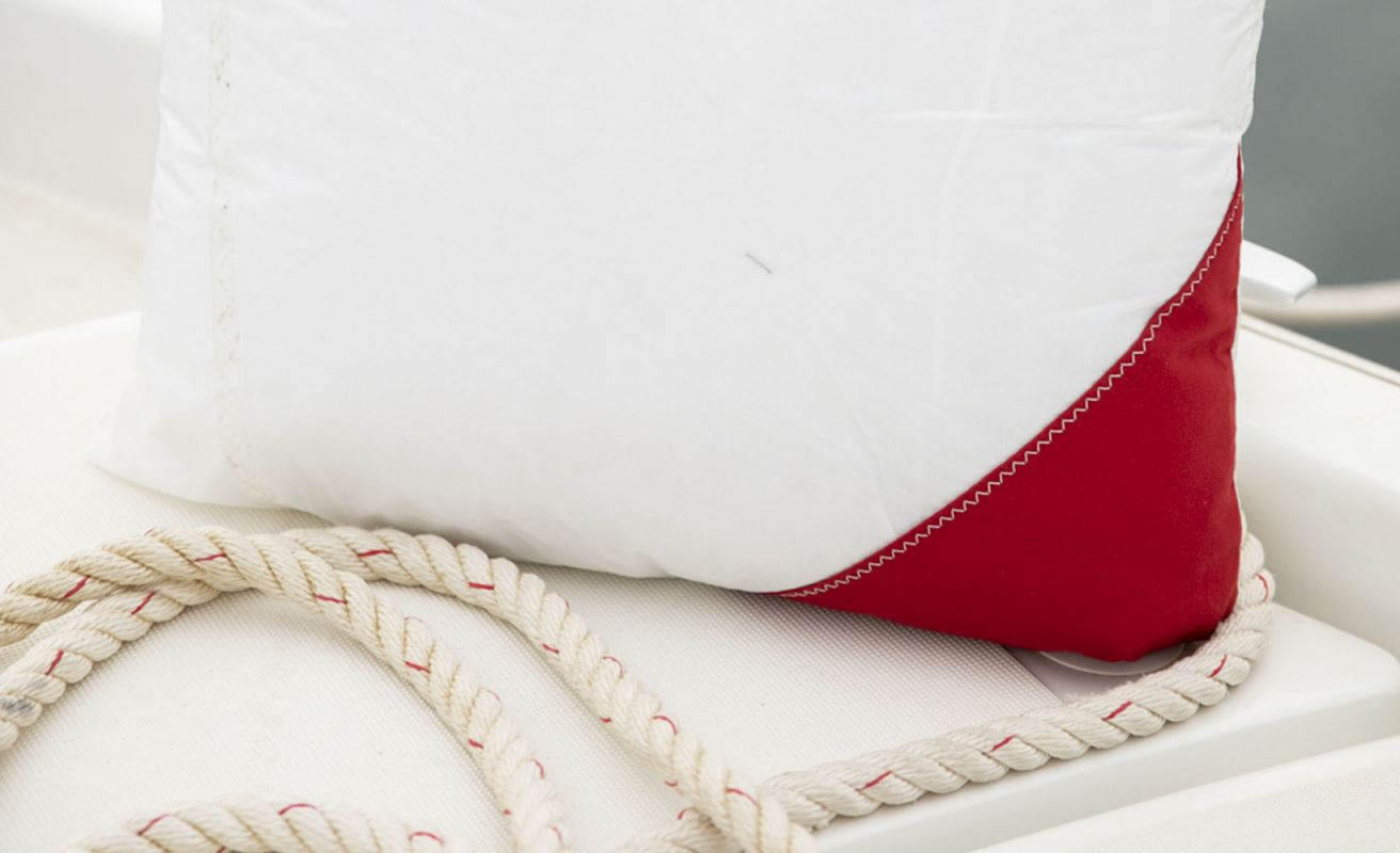 Coussin 50x50 Marine nationale · Rouge et Navy
