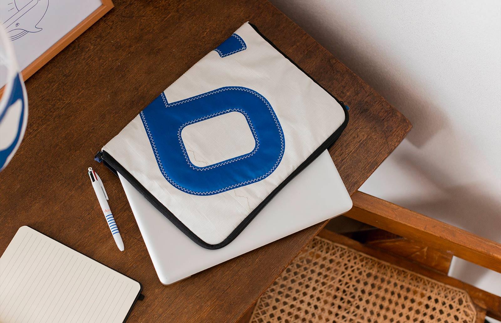Hüllen für Laptops, Tablets und iPads aus recyceltem Segeltuch
