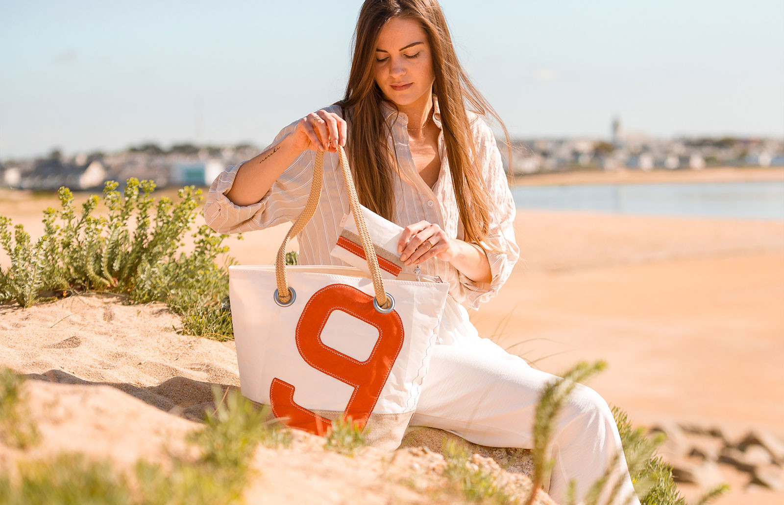 Handbags made from 100% recycled sails