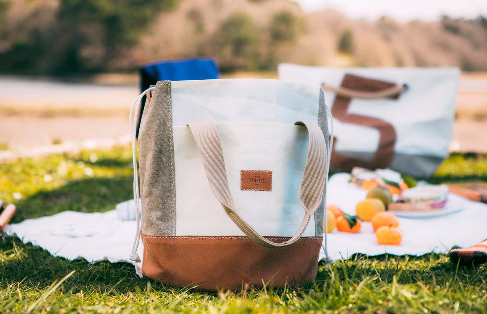 Tote bags made from 100% recycled sails