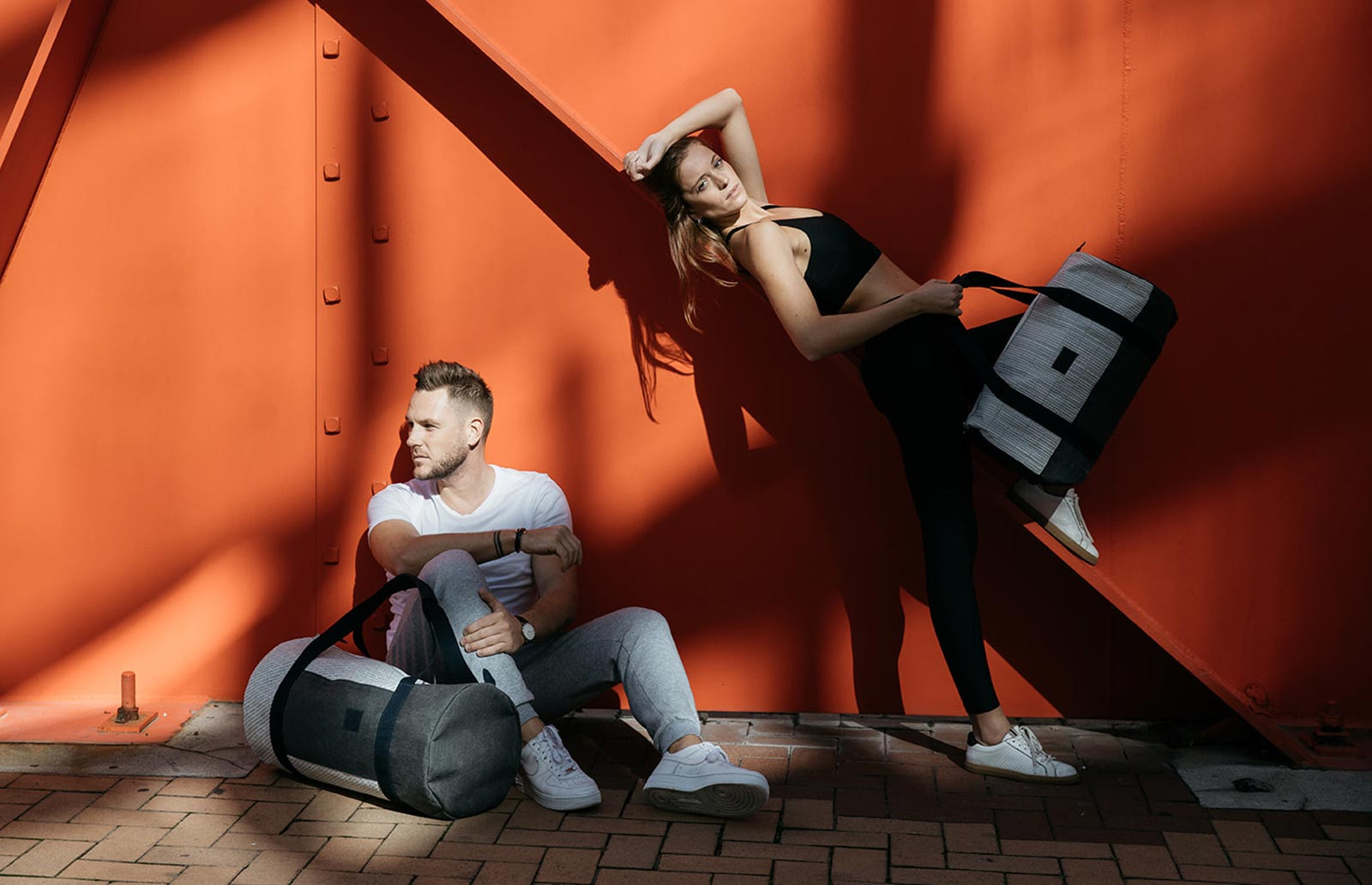 Reisetaschen aus 100 % recyceltem Segel